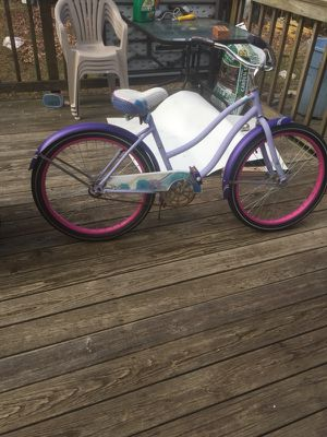 Cruiser bike with two seat bike trailer for Sale in Springfield, VA