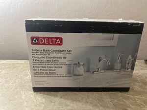 Delta 3-piece bath coordinate set for Sale in Phoenix, AZ