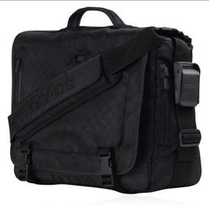 .Incipio messenger bag for Sale in Anaheim, CA