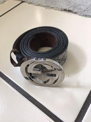 Gucci belt for Sale in Lynwood, CA
