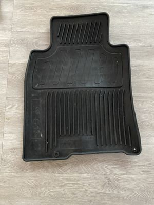 09-2014 Infiniti G37 oem mats for Sale in Brooklyn, NY