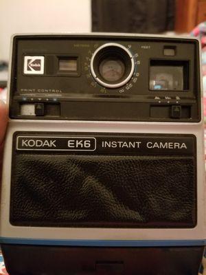 Vintage 1976 KodakEK6 instant film camera for Sale in Evansville, IN