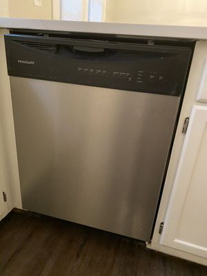 Frigidaire Dishwasher for Sale in Greenville, NC