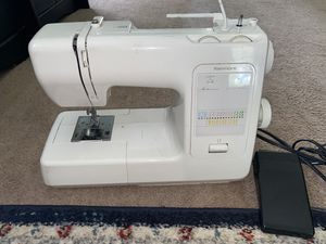 Kenmore sewing machine for Sale in Friendswood, TX