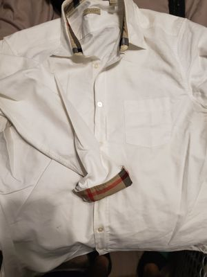 Authentic Burberry polo shirt for Sale in Houston, TX
