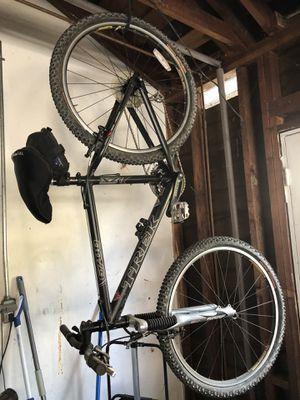 6700 Trek mountain bike. 16.5 for Sale in Covina, CA