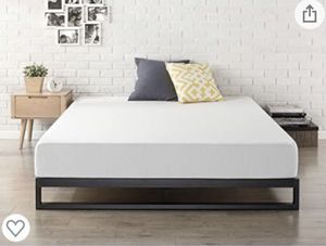 Bed frame for king size for Sale in Los Angeles, CA