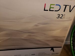 LG 32 inch flat screen tv for Sale in Long Beach, CA