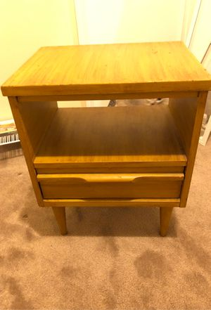 """End table/ nightstand 23"""" X 14"""" for Sale in Lumberton, NJ"""