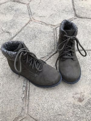 Girls Boots for Sale in Macomb, MI