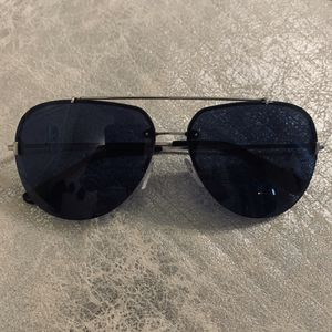 """Tom Ford """"Brad 02"""" Aviator Sunglasses for Sale in Mount Oliver, PA"""