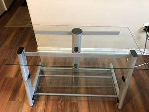 TV stand holds up to 55 inch for Sale in Corona, CA