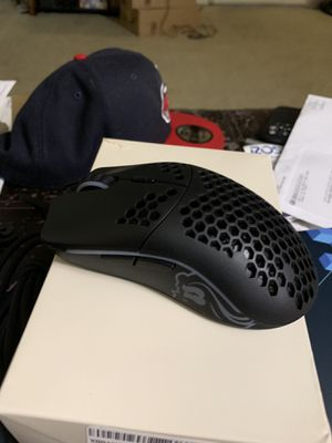 Glorious Model - O mouse for Sale in Portland, OR