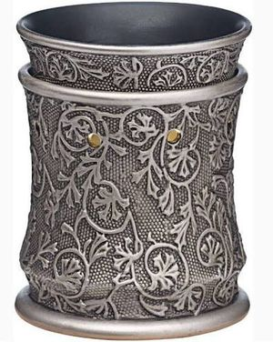 NEW Retired Silvervine Scentsy Warmer for Sale in Homestead, FL