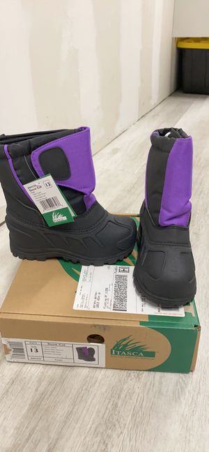 Brand new Itasca snow boots for kids for Sale in Queens, NY