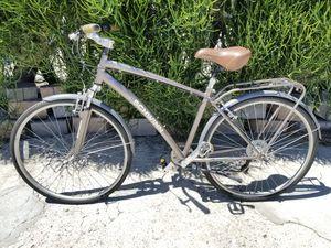 Schwinn City Network 2.0 Commuter Hybrid Bicycle 7 Speed Shocks Gray Bike Rack $240 for Sale in Inglewood, CA
