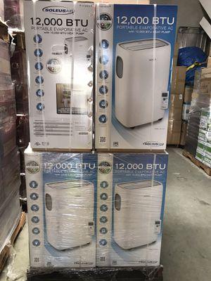 Brand new 12,000 BTU Portable Air Conditioner with Heats & AC for Sale in Montebello, CA