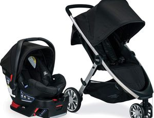 Britax B-Lively & B-Safe 35 Travel System - Raven for Sale in Watertown, NY