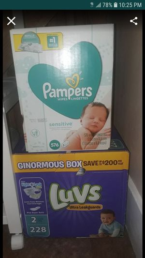 Luvs diapers size 2 and sensitive wipes for Sale in Lincoln Park, MI