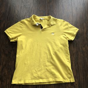Banana Yellow Burberry Polo for Sale in San Marcos, CA