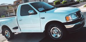 NO MECHANICAL ISSUES FORD F-150 XLT 2000 for Sale in St. Louis, MO