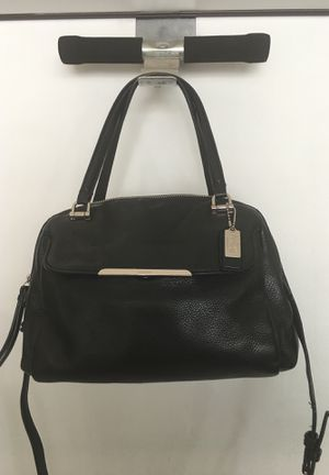 Coach Leather Black Handbag Crossbody for Sale in Stone Mountain, GA