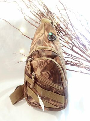 Realtree crossbody bag for Sale in Jacksonville, FL