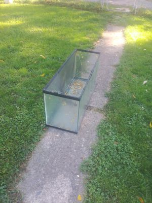 Fish tank for Sale in Columbus, OH