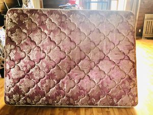 Queen size bed for Sale in Aberdeen, WA