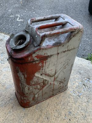 Old metal 5 gallon fuel tank. Does not have spout. for Sale in Brunswick, MD