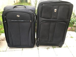 2 large Luaggae Bags for Sale in Montebello, CA