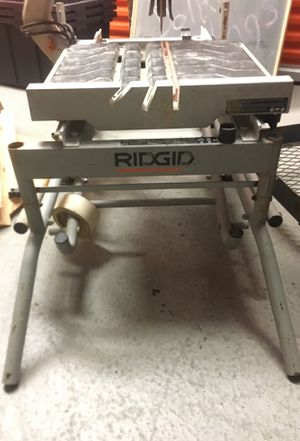 """Rigid 10"""" sliding table wet tile saw for Sale in Seattle, WA"""