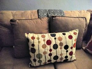 Accent pillows for Sale in Pembroke Pines, FL