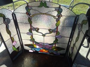 STAIN GLASS FIREPLACE COVER STAND for Sale in St. Louis, MO
