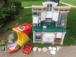 Kids deluxe kitchen set and shopping cart for Sale in Gaithersburg, MD