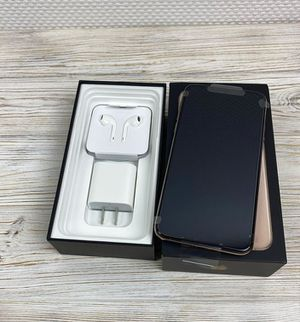 Unlocked iPhone 11 Pro Max for Sale in Lakewood, CA