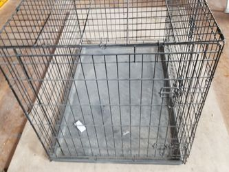 Xlarge like new dog crate for Sale in Okarche,  OK
