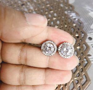 Elegant Round Cut AAA White CZ Diamond Stud Earrings Princess 925 Silver for Sale in Riverside, CA