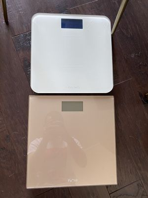 Bathroom scale for Sale in Chicago, IL