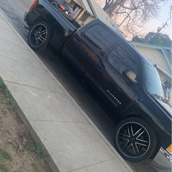 24 Kmc Rims And Wheels for Sale in Selma,  CA