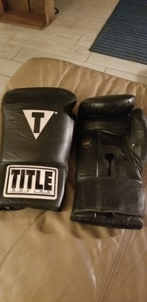 Boxing gloves for Sale in Melbourne, FL