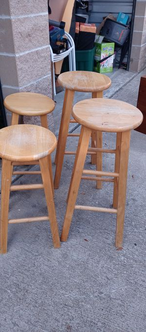 4 Wood Bar Stools for Sale in Lewisville, TX