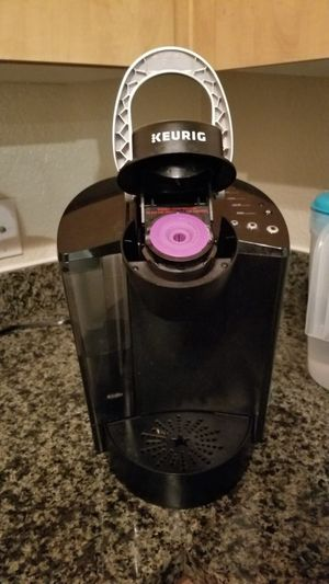 Keurig Coffee Maker for Sale in Phoenix, AZ
