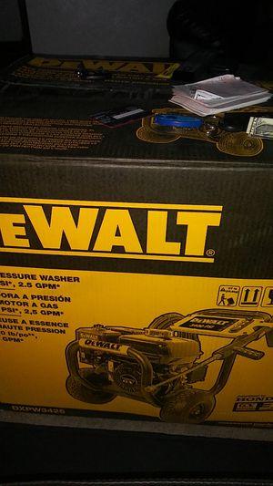 Pressure washer DeWalt for Sale in Pittsburgh, PA