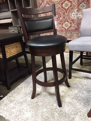 29 inch Swivel Bar Stool , Capuccino for Sale in Norwalk, CA