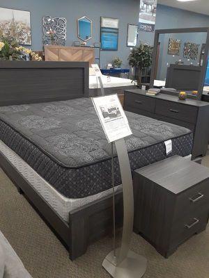 C QUEEN BEDROOM SET: QUEEN BED FRAME, DRESSER, MIRROR, NIGHTSTAND for Sale in Antioch, CA