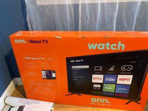 New 40 inch TV, onn Roku for Sale in Denver, CO