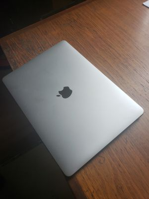 Mac book 13. Inches 2017. for Sale in Chicago, IL