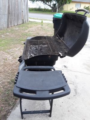Bbq grille very good quality for Sale in Orlando, FL
