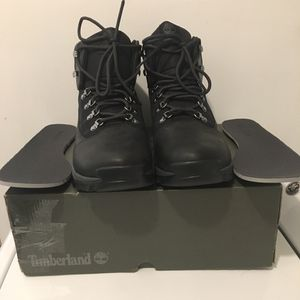 MENS TIMBERLAND WHITE LEDGE BOOTS 11 1/2 M for Sale in Burlington, NJ
